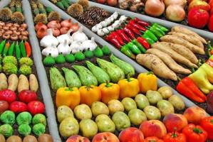 مروری بر قیمت میوه و صیفیجات در خردهفروشیها