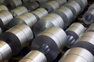 رانت ۱۲ هزار میلیارد تومانی ناشی از حبس قیمت ورقهای فولادی