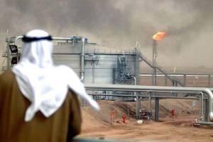 عربستان به کاهش تولید نفت خود ادامه میدهد