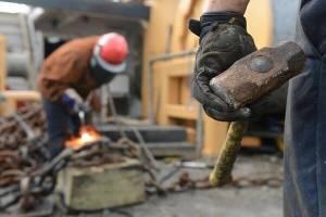 نحوه محاسبه دستمزد امسال کارگران کارمزدی دائم و موقت