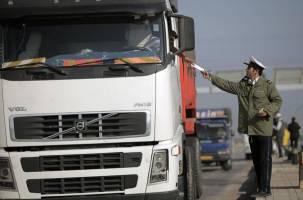 توزیع ۲۸ هزار حلقه لاستیک بین کامیونداران
