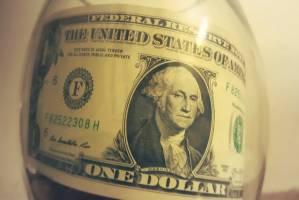 کاهش ارزش دلار در معاملات خارجی