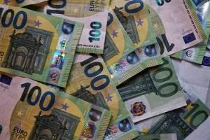 ۳۵ میلیارد یورو ارز صادراتی تا آخر تیر به کشور بازمیگردد