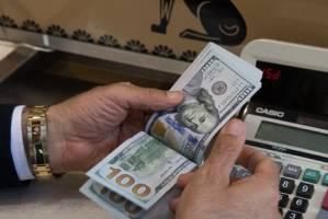 پیشنهادات کمیسیون اقتصادی درباره بازار ارز هفته آینده تحویل دولت میشود