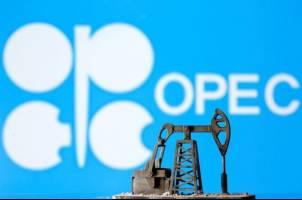 افزایش تولید نفت اوپک و متحدانش از ماه آینده