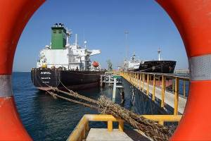 کاهش قیمت نفت در پی موج دوم کرونا