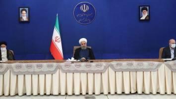 روحانی: کارگروه مشترک سه قوه برای رفع موانع تولید با مسئولیت معاون اول تشکیل میشود