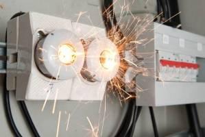 روش پیدا کردن اتصال سیم کشی برق ساختمان