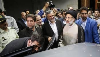 نقوی حسینی: رئیسی روز عید فطر اعلام کاندیداتوری میکند