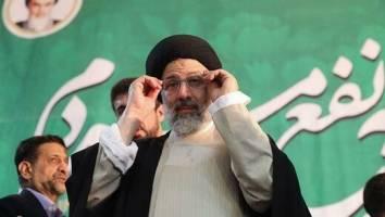 حضور در عرصه انتخابات را مجاهدتی برای مبارزه با فساد میدانم