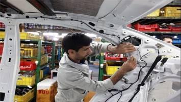 افت تولید در 2 خودروسازی بزرگ کشور