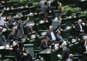 ممنوعیت مذاکره مقامات ایرانی با آمریکاییها