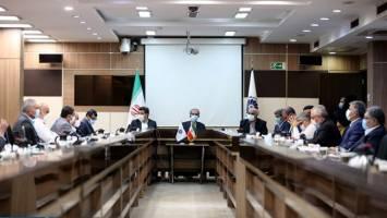 کمیتهای برای تعامل با هر سه قوه، بهویژه مجلس تشکیل شود