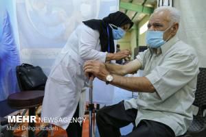 ۴.۵ میلیون دوز واکسن کرونا کجاست/اختلاف آمار گمرک و وزارت بهداشت