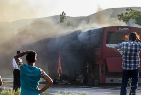 آتش گرفتن یک دستگاه اتوبوس اسکانیا