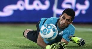 خودم را به فوتبال ایران تحمیل میکنم