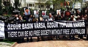 برگزاری کنفرانس حمایت از آزادی مطبوعات و حقوق کارگران در ترکیه