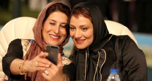 بازار گرم سلفی گرفتن هنرمندان و بزرگان سینمای ایران در جشن ملی سینما!